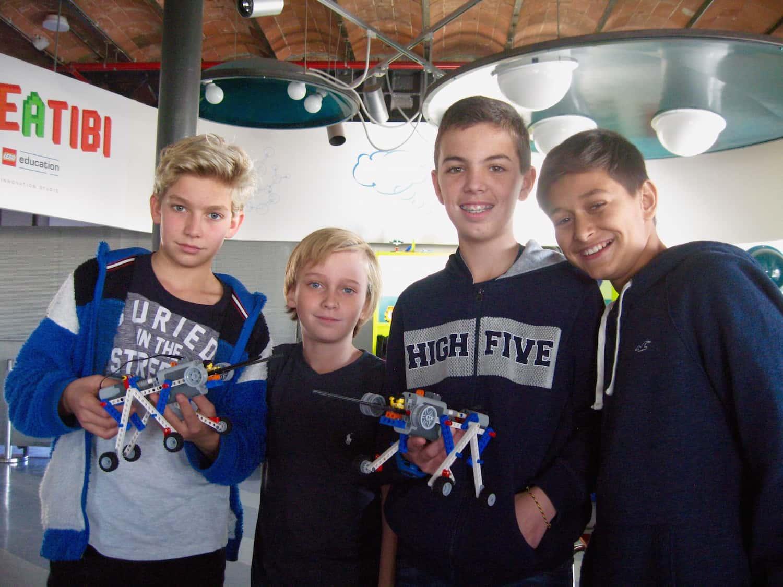 Diversió Amb Robots I Atraccions, Al Tibidabo